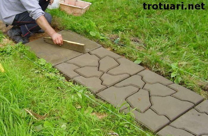 Самостоятельно сделать состав, который сделает искусственный камень более долговечным